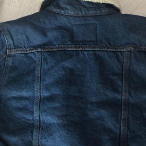 Levi's Jackets & Coats - Levis Sherpa trucker jean jacket NWT size large